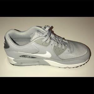 Nike Shoes - Nike air max grey shoes NWOT